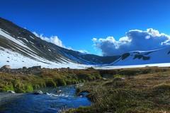 Colors! (cjaraf) Tags: chile mountain snow hot water nieve springs valley mountaineering andes montaña aguas termas chillan calientes montañismo montaa