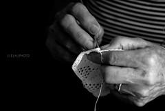 working hands (edo.co) Tags: mostra white black hands nikon working mani bianco nero lavoro d3000
