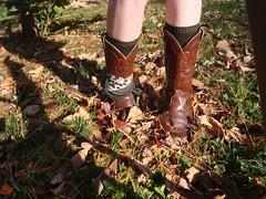 DSC08520 (Becky Haltermon Robinson) Tags: autumn fall leaves scarf cowboy boots cowboyboots changingleaves