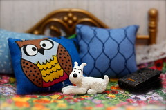 Cosy (Hannhell) Tags: bed snowy pillow owl tintin cosy milou herge