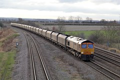 66715 'Valour' - Bolton Percy (Therosymole) Tags: railroad yorkshire railway valour 66715 gbrf boltonpercy