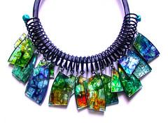 Collar con material reciclado. (Madreselva61) Tags: spiral necklace dvd recycled cd jewelry collar espiral ecofriendly reciclaje