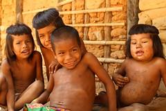 Criancas Kraho, aldeia Pedra Branca, Tocantins 5 (Renan Leandrini) Tags: criana menina menino renan indgena ndio krah leandrini renanleandrini