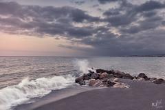 Amanecer de verano (rafaj39) Tags: algarrobo amanecer andaluca espaa europa mar mlaga piedras