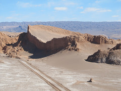 """Le désert d'Atacama: l'Amphitéâtre de la Valle de la Luna <a style=""""margin-left:10px; font-size:0.8em;"""" href=""""http://www.flickr.com/photos/127723101@N04/28606033864/"""" target=""""_blank"""">@flickr</a>"""