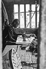 Schneider in Abobo / Tailor in Abobo (Andreas Jopp) Tags: afrika afrique abobo elfenbeinkste cotedivoire ivorycoast schneider tailor blakandwhite abidjan