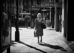 some light (Erwin Vindl) Tags: somelight streetphotography streettogs candid blackandwhite bw monochrome vienna erwinvindl olympusomd em10markii