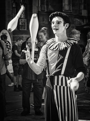 20160824-0011-Edit (www.cjo.info) Tags: 2016edinburghfestivalfringe alice bw edinburgh edinburghfestival edinburghfestival2016 europe europeanunion highstreet mzuiko m43 m43mount microfourthirds nikcollection oldtown olympus olympusmzuikodigitaled40150mmf4056r olympusomdem10 royalmile scotland silverefexpro silverefexpro2 unitedkingdom westerneurope zuiko blackwhite blackandwhite circus citycenter club digital face facialexpression festival juggler juggling makeup man monochrome people smile software streetperformer technique