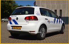 Dutch Police Golf 6. (NikonDirk) Tags: volkswagen crafter forensic vw gelderland politie police nikondirk netherlands nederland holland dutch cops cop hulpverlening recherche forensische opsporing tr glm golf 6 science foto 98pkp2