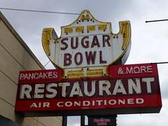 Des Plaines, IL Sugar Bowl Restaurant sign (army.arch) Tags: desplaines illinois il sugarbowl neon sign restaurant