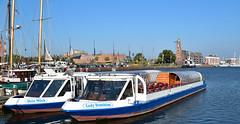 Bremerhaven (Gnter Hentschel) Tags: bremerhaven hafen stadt city schiffe pilot blau wasser weser port deutschland germany germania alemania allemagne nikon d3200 d5500 nikond5500 nikond3200 outdoor hentschel gnter flickr boot hafenviertel fahrzeug