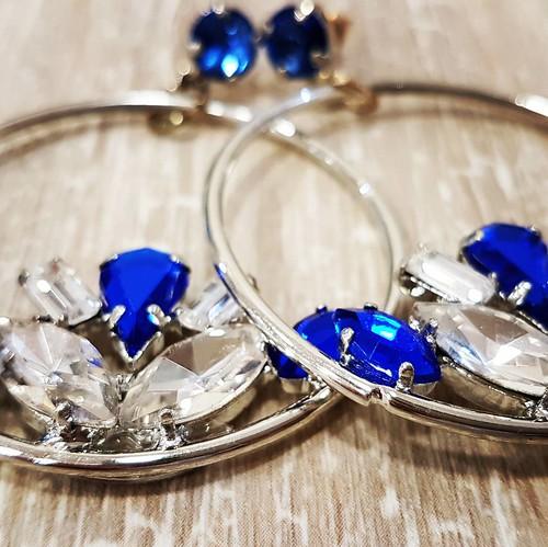 #details #earrings #swarovsky #pelle #personalizza #lettera #instagood #furry #orecchini #circle #cerchi #blu #silver #artigianale #handmade #fashionjewellery #bijoux #instagood #furry #original #lightsout #like #likeforlike #goodday