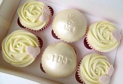 Mr & Mrs Cupcakes (A Cherry On Top Scotland) Tags: cherryontop fife cupcakes celebratorycupcakes cakes celebratory vowswinner clairesara burntisland babyshower birthday corportate edibleprints spider goodbye wedding goldwedding