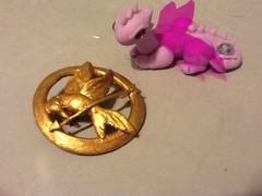 ( Cold Porcelain by Erika Alvarado) Tags: cold monster gold high dragon purple egypt gift porcelain fria porcelana regalitos cleodenile mockinjay