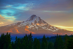 Mt. Hood (Zach Dischner) Tags: light sunset summer usa nature colors silhouette oregon canon landscape eos cool natural northwest mark peak ii 5d scape 1740 hoodriver 2012