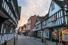 Worcester, Friar Street (Ruth Flickr) Tags: street light sunset alley potter explore ish 99 l worcestershire halftimbered worcester colombage fachwerk 466 diagon 0456