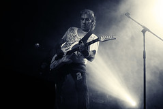 La Sobrina de Satn [EXPLORE] (mls2012) Tags: luces concert df escenario concierto guitarra sala musica octubre kdd cantante mls instrumentos cornella sakafotos sobrinadesatan
