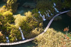 Plitvice Lakes National Park (Uros P.hotography) Tags: world park wood autumn trees sky cloud lake color colour tree heritage hoja nature water colors clouds forest river walking leaf moss nikon colours superb hiking path famous lakes croatia sigma unesco pot national cascades stunning excellent barrier travertine karst 1020 priroda breathtaking hrvatska rijeka plitvice waterfal plitvicka nebo d300 reka worldfamous jezero kras jesen jezera plitvička šuma korana gozd narava narodni nacionalni hrvaška oblaki slod300 pohajkovanje