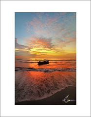 ::Monsun:: (Green.Boy) Tags: longexposure blue sunrise nikon sigma wave super nikkor ultrawide manfrotto hoya batuhitam cokin leefilter gnd09 d300s
