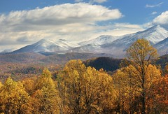 Autumn Snow in the Smokies -  Great Smoky Mountians National Park (Michigan Nut) Tags: autumn trees usa foothills mountain snow fall nature clouds landscape nationalpark shadows scenic peak snowcapped valley gatlinburg snowfall tennesee appalachians snowcappedmountains johnmccormick smokymountiansnationalpark michigannutphotography hurricanesandy