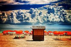 BEACH (*atrium09) Tags: usa beach clouds florida miami ruben playa nubes sombrillas seabea uploaded:by=flickrmobile flickriosapp:filter=nofilter artrium09