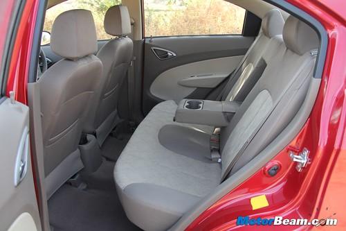 Chevrolet-Sail-Sedan-18