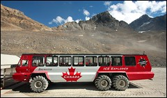 Canadian Ice Explorer Bus (greenthumb_38) Tags: canada reunion rockies canadian alberta 2012 canadianrockies jeffreybass august2012 moseankoreunion