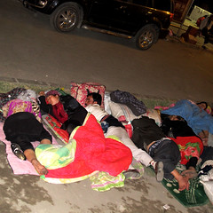 Sefalet (ilyas yldz) Tags: china sleeping sleep homeless xinjiang silkroad aksu uygur in evsiz fakirlik sincan kagar