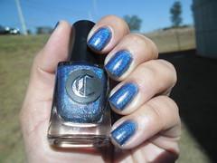 Bejeweled - Cirque (Raabh Aquino) Tags: unhas esmalte azul hologrfico holographic nails nailpolish naillacquer blue
