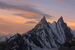 Karpogoro: Ghur Peak at sunrise (Shahid Durrani) Tags: biafo glacier karakorams gilgit baltistan pakistan