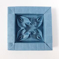 Framed tessellation molecule (2-in-1 flower var. 1) (Michał Kosmulski) Tags: origami tessellation corrugation molecule frame flower 2in1 twoinone satogamisatogamipaper michałkosmulski blue