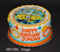 M01395 (merrittsbakery) Tags: cake movie scan minions cartoon