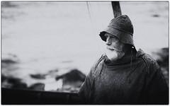 svr (AxelN) Tags: portrait svr mann sw iceland man person fischer fishermandress mensch portrt schwarzweis island museum fischertracht silverefexpro2 blackandwhite bw fisherman