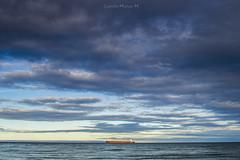 el estrecho de magallanes (camilomuoz1) Tags: nubes nikon nikond3100 barco atardecer estrechodemagallanes puntaarenaschile chile chiletravel nikonistas zoom filtro cielo