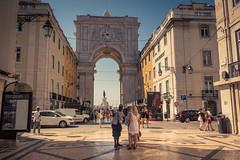A Deal with the tourists... (Gilderic Photography) Tags: lisbonne portugal lisbon lisboa city tourist ville canon 500d gilderic summer vacation sunny