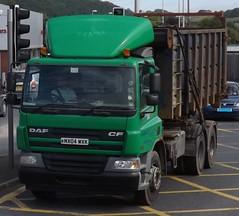 K Vaughan MX04 WXK at Newtown (joshhowells27) Tags: lorry daf cf skip skips green vaughan