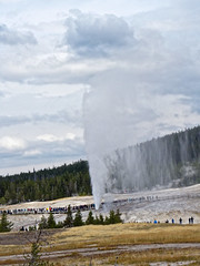 P1040075 (jmaggiophoto) Tags: yellowstone camping old faithful geyser