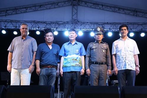 "📝[Baidu News] ททท. เนรมิตชายหาดหัวหินให้เป็นสวรรค์ รวมศิลปินไทย – เทศ ในงาน ""ฟีโนมินัล หัวหิน แจ๊ส เฟสติวัล""  การท่องเที่ยวแห่งประเทศไทย เนรมิตริมชายหาดหัวหินให้เป็นสวรรค์  จัดงาน ""ฟีโนมินัล หัวหิน แจ๊ส เฟสติวัล"" (Phenomenal Hua Hin Jazz Festival)"