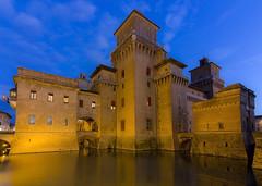 Castello Estense (M.a.r.t.Y) Tags: ferrara colori notte castello riflesso acqua color night reflection castle