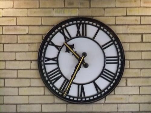 Clock by oatsy40, on Flickr