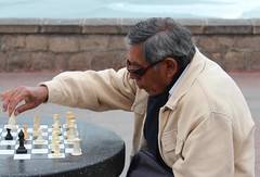 El ajedrecista del malecn (La Chorrigua) Tags: lima ajedrez malecn costaverde chorrillos