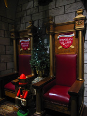Santa's seats (pianoforte) Tags: christmas store yankeecandle southdeerfield southdeerfieldma massachusettsflagship