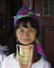 Long Neck Lady - Inlay Lake - Myanmar (IV2K) Tags: woman color colour neck thailand asia burma sony torture myanmar inlelake inle giraffe alpha tribe coils inlay kayan a900 inlaylake kayanlahwi blinkagain lahwi