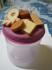 Pote p Biscoitos- Lils - Plstico(5) (Kelly arte e costura) Tags: artesanato biscuit trabalhosmanuais lembrancinhas chaveiros porcelanafria