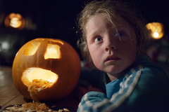 ghost story (zip po) Tags: halloween girl pumpkin lowlight pub ghoststory