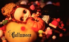 Mia & Thea: Halloween