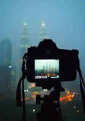 Twin Tower in my Nikon (Yohsuke_NIKON_Japan) Tags: night skyscraper southeastasia bokeh petronas malaysia kualalumpur dust dslr kl klcc  d600