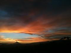 Primeras horas (Jos Lira) Tags: volcanes