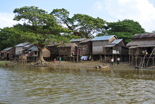 Fishing village near Pantanaw, Myanmar. Photo by Ranjitha Puskur, 2012.