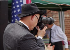 kelham island Wartime Weekend & Vintage Fayre. 7th 1940s 2016 members of the public (15) (The Photography of Simon Dell) Tags: public people kelham island 1940s wartime weekend vintage fayre stage acts singers kelhamisland girls stunning models red lip stick